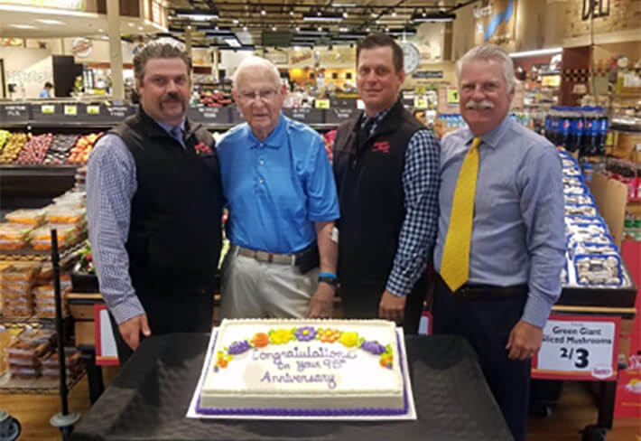 Daniels Sentry-home-row1-daniels-foods-family-owned-grocery-stores-wi